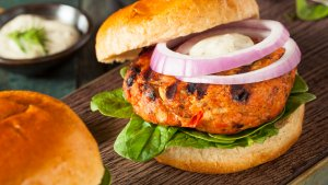 10 Easy Meals Under $10 to Try This Weekend