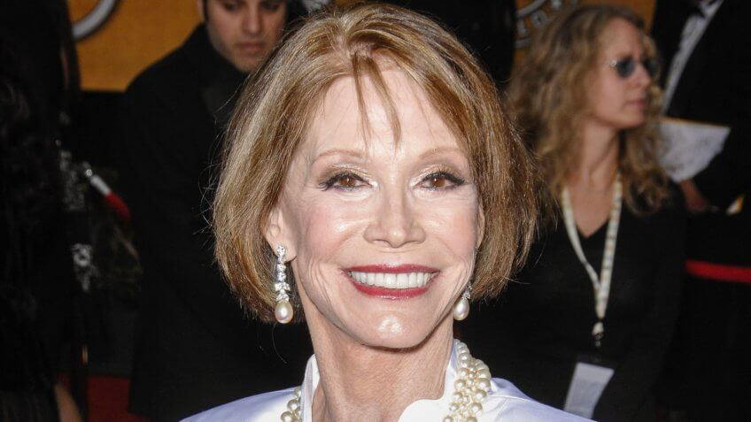 Mary Tyler Moore Dead at 80: A Look Back at the Pioneer's Career and Wealth