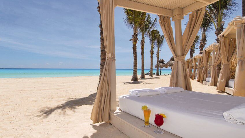 All-Inclusive Romance and Pampering in Cancun