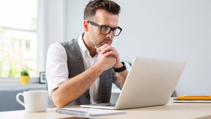 Decide Whether to Take Your 401k With You