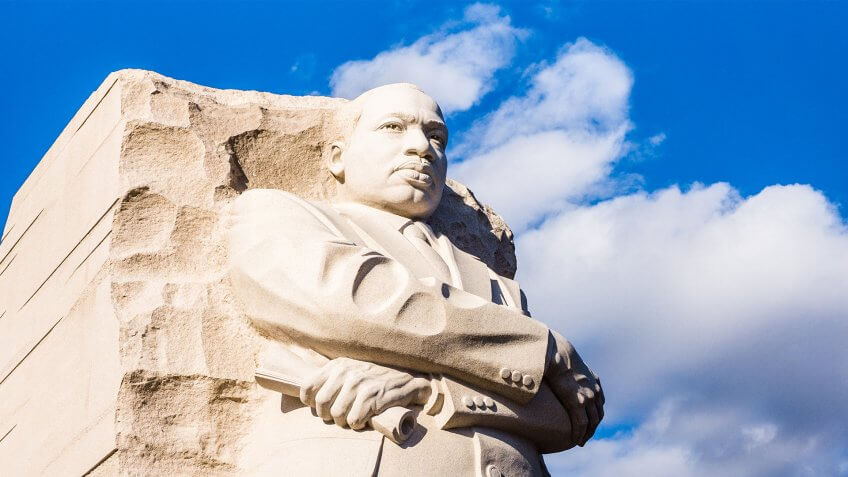 Are Banks Open on Martin Luther King Jr. Day 2017?