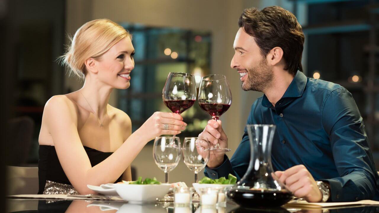 30 Best Valentine's Day Restaurant Deals