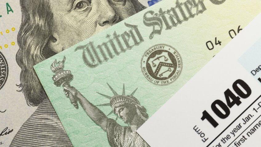 1040 social security $100 bill stack