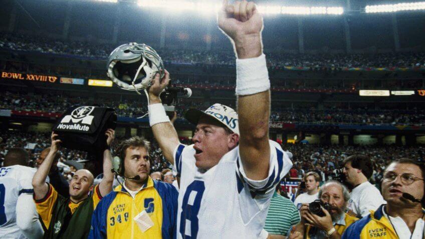 Dallas Cowboys quarterback Troy Aikman celebrates the Cowboys' 30-13 Super Bowl win over the Buffalo Bills, at Atlanta's Georgia DomeSuper Bowl XXVIII 1994, Atlanta, USA.