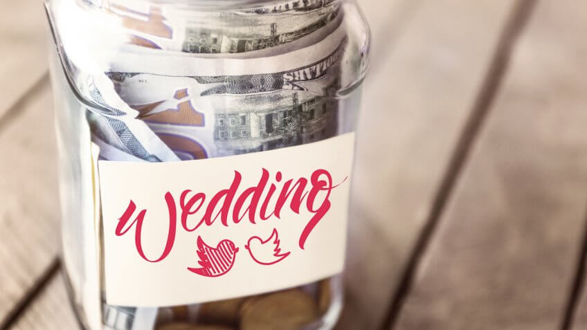 wedding glass jar with money in it