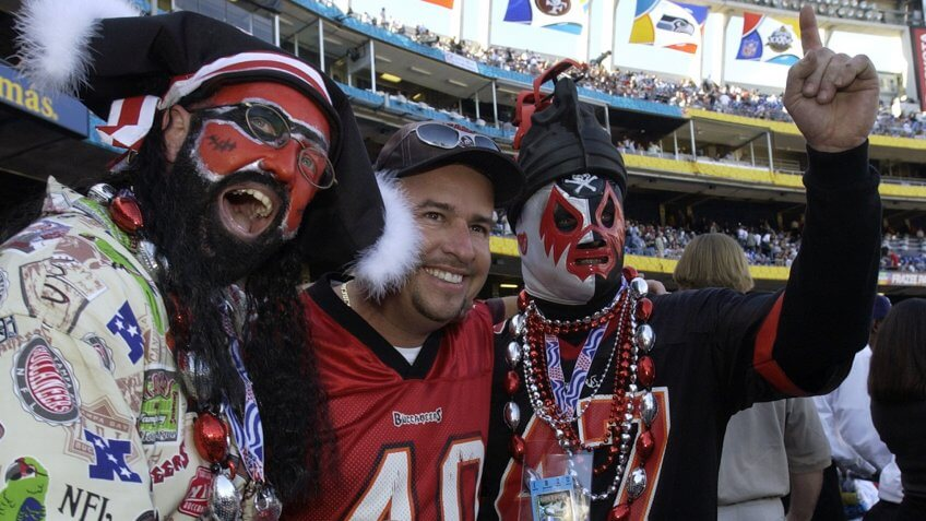 Watch AP S NFL football CA United States SBX208 SUPER BOWL Tampa Bay Buccaneers fans get together prior to the start of Super Bowl XXXVII pitting their team against the Oakland Raiders in San DiegoSUPER BOWL, SAN DIEGO, USA.