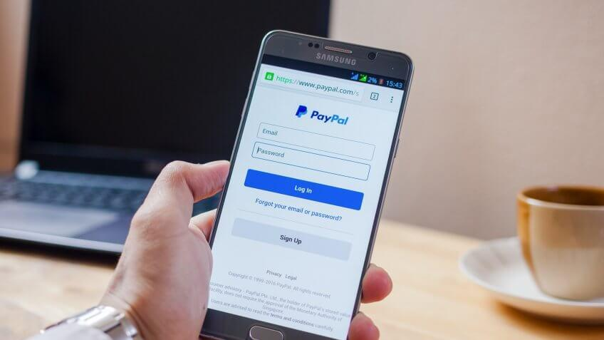 paypal open on iphone