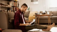 7 Tips to Refinance a Mortgage With Bad Credit