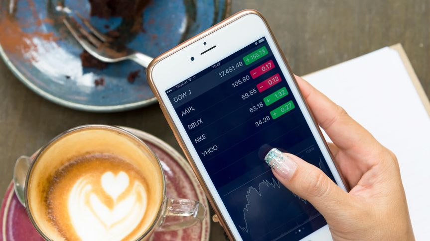 stock-trading-iphone-mobile-strategy