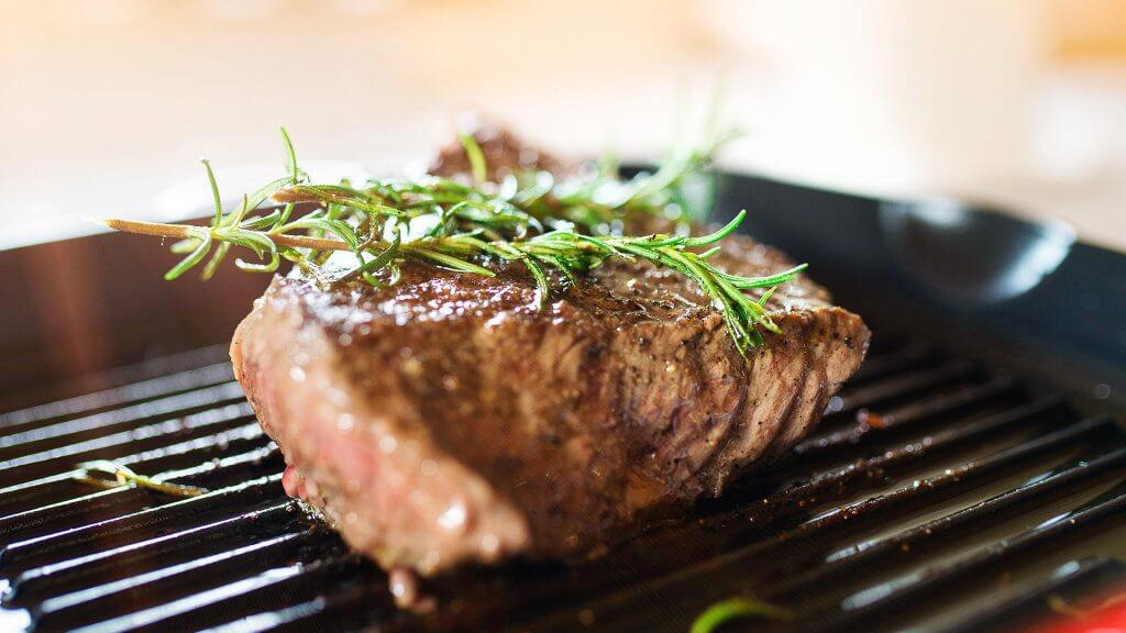 5 ways to cook a perfect steak at home without the restaurant price tag gobankingrates. Black Bedroom Furniture Sets. Home Design Ideas