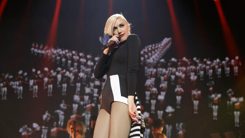 NEW YORK, NY - OCTOBER 17:  Gwen Stefani performs in a concert presented by MasterCard exclusively for its cardmembers at Hammerstein Ballroom at the Manhattan Center on October 17, 2015 in New York City.