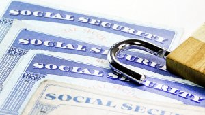 6 Best Identity Theft Protection Options