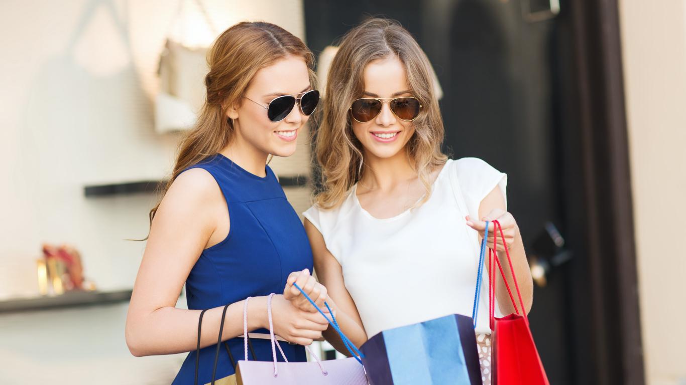15 Best Luxury Shopping Destinations Around the World