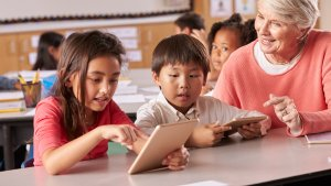 7 Best Apps to Teach Your Kids About Money