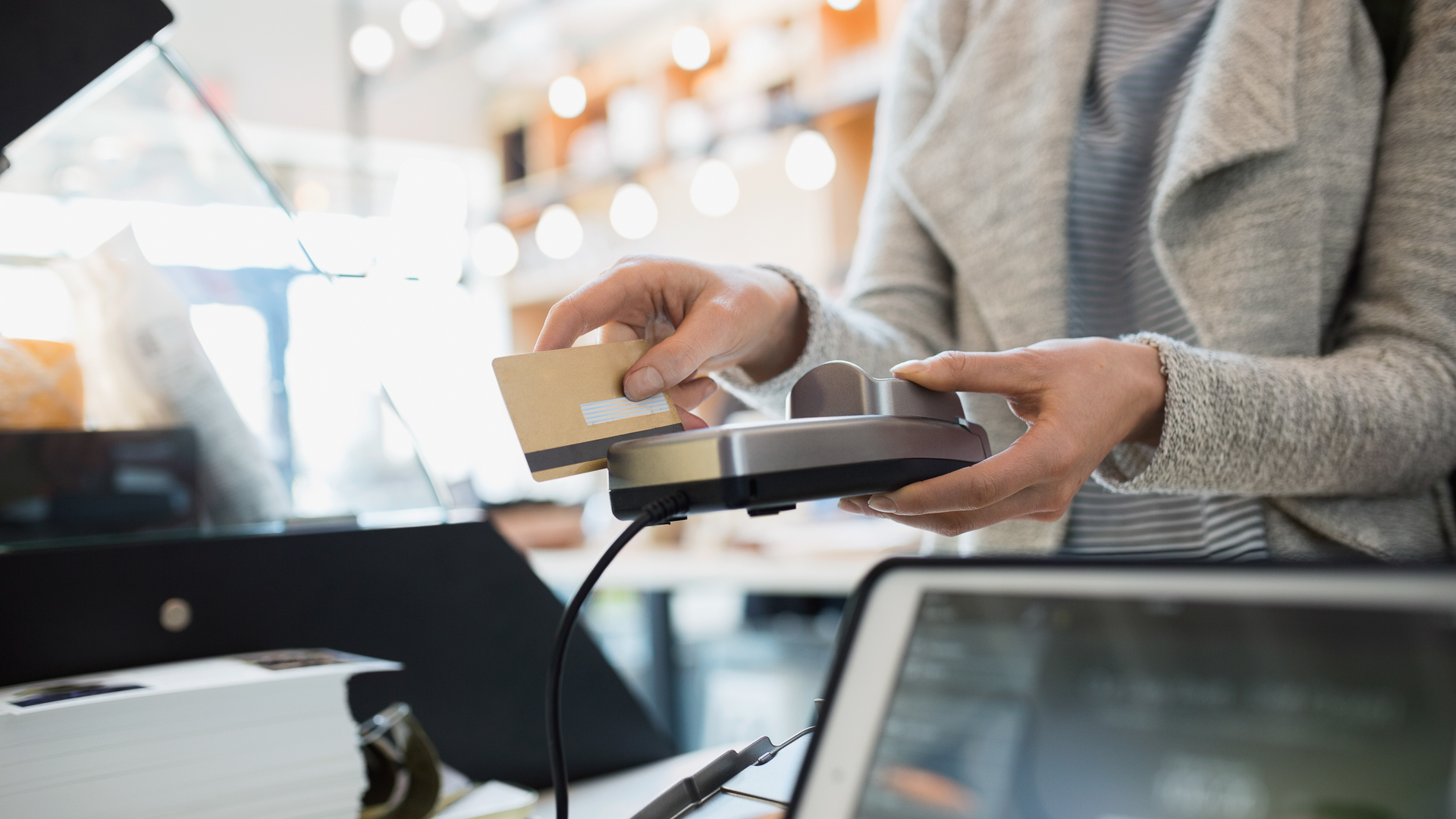 advantages of the costco credit card