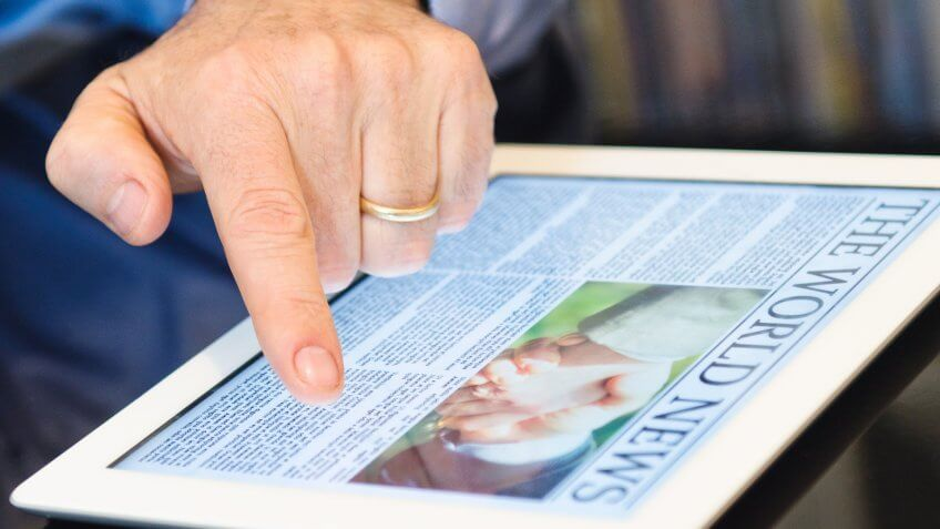 Digital Subscriptions Help Newspapers Stay Afloat