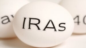 How to Use Your IRA as a Last-Minute Tax Deduction