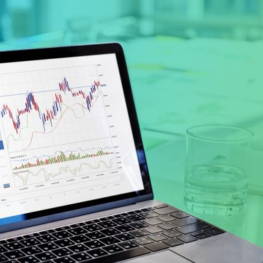 12 Best Apps for First-Time Investors