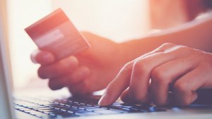 Choosing the Right Rewards Credit Card for Your Lifestyle
