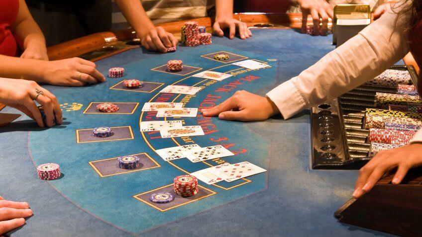 Gambling gratuity ways beat roulette wheel