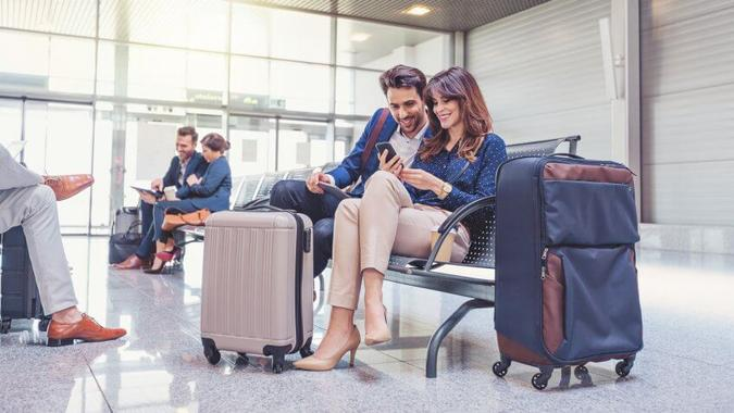 Sign Up for Airline Credit Cards and Frequent Flyer Programs