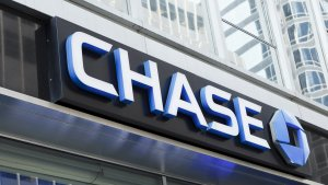 Here's How Much Chase Overdraft Fees Cost