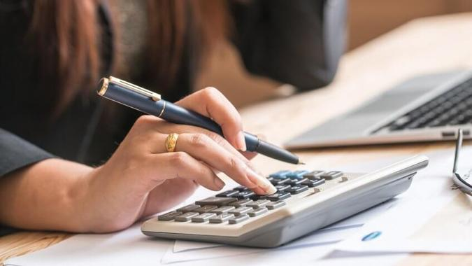 How to Calculate a Business's Net Worth
