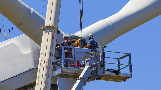 Wind Turbine Tech