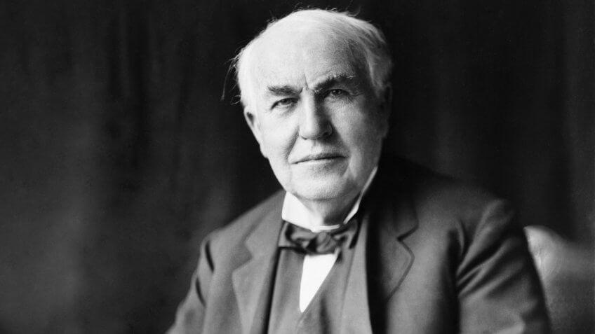 Thomas Edison inventor of the light bulb
