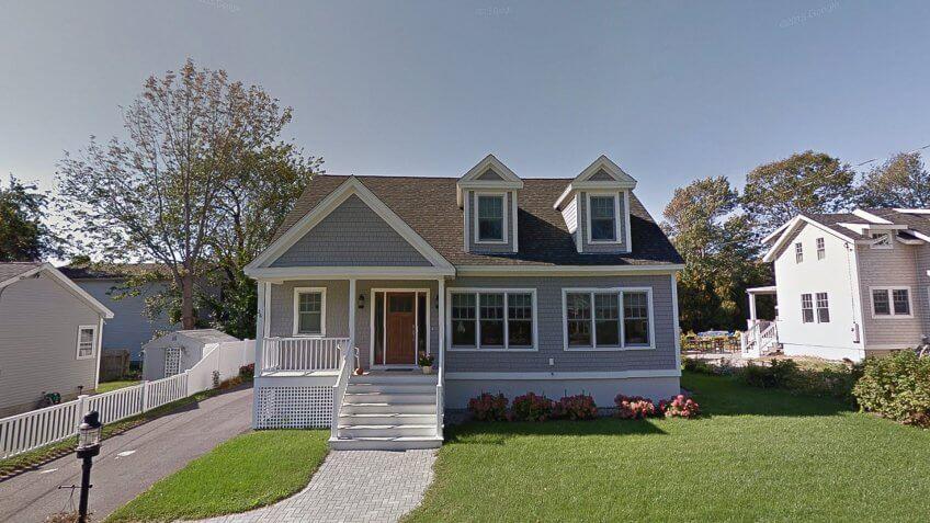 New Hampshire house