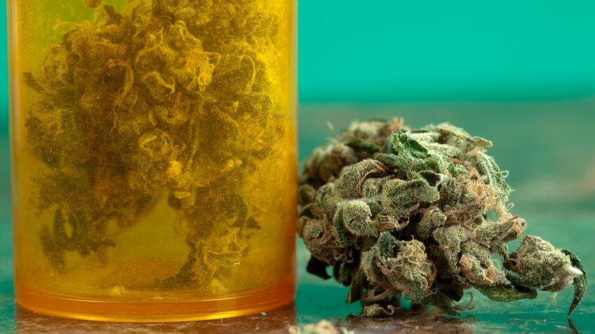 Concepts And Ideas, Green Color, Healthcare And Medicine, Herbal Medicine, Marijuana - Herbal Cannabis, Medicine, Medicine And Science, Narcotic