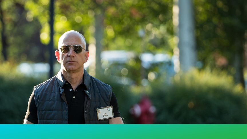 SUN VALLEY, ID - JULY 13: Jeff Bezos, chief executive officer of Amazon, arrives for the third day of the annual Allen & Company Sun Valley Conference, July 13, 2017 in Sun Valley, Idaho.