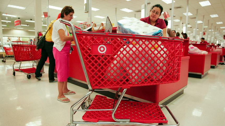 CHICAGO - MAY 23:  Shoppers pay for their merchandise at a Target store May 23, 2007 in Chicago, Illinois.