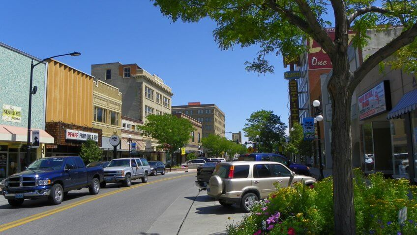 11657, Best Cities for Retirement in These Income Tax-Free States, Casper Wyoming, Horizontal