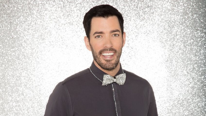 """DANCING WITH THE STARS - DREW SCOTT - The celebrity cast of """"Dancing with the Stars"""" are donning their glitzy wardrobe and slipping on their dancing shoes as they ready themselves for their first dance on the ballroom floor, as the season kicks off on MONDAY, SEPTEMBER 18 (8:00-10:01 p."""