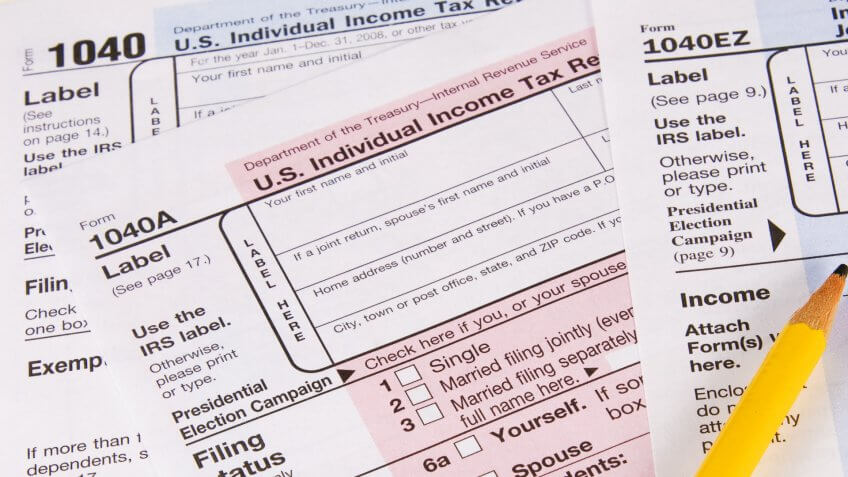 What Is the Difference Between Tax Forms 1040, 1040A and 1040EZ?