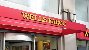 What Is the Wells Fargo Cashier's Check Fee?