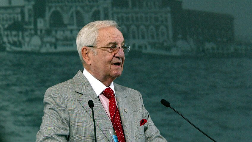 Lee Iacocca, CEO of Chrysler from 1978 to 1992