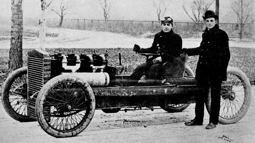 Henry Ford Barney Oldfield 1902