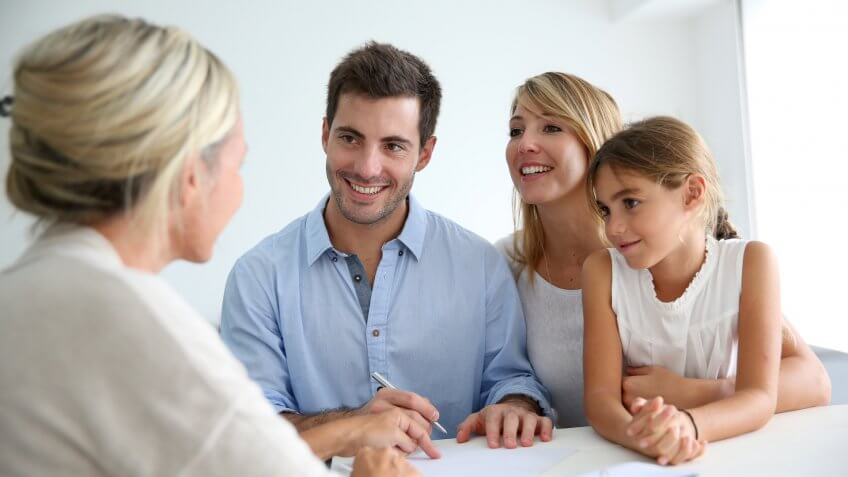 family-with-lender
