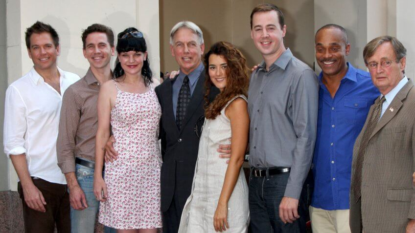 LOS ANGELES - OCT 30: M Weatherly, Brian Dietzen, P Perrette, Mark Harmon, Cote de Pablo, Sean Murray, R Carroll at the Hollywood WOF Ceremony for Mark Harmon on October 30, 2012 in Los Angeles, CA.