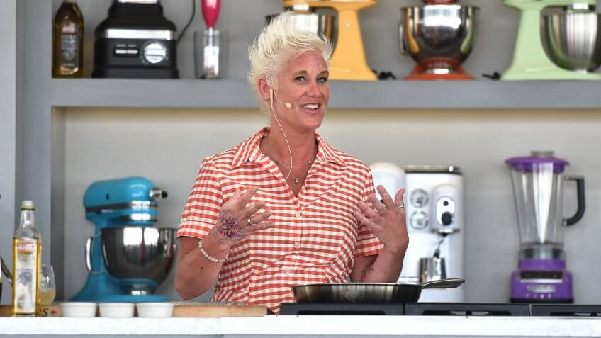MIAMI BEACH, FL - FEBRUARY 26:  Chef Anne Burrell leads a cooking demonstration on stage at Goya Foods' Grand Tasting Village Featuring Mastercard Grand Tasting Tents & KitchenAid Culinary Demonstrations - Day 2 on February 26, 2017 in Miami Beach, Florida.
