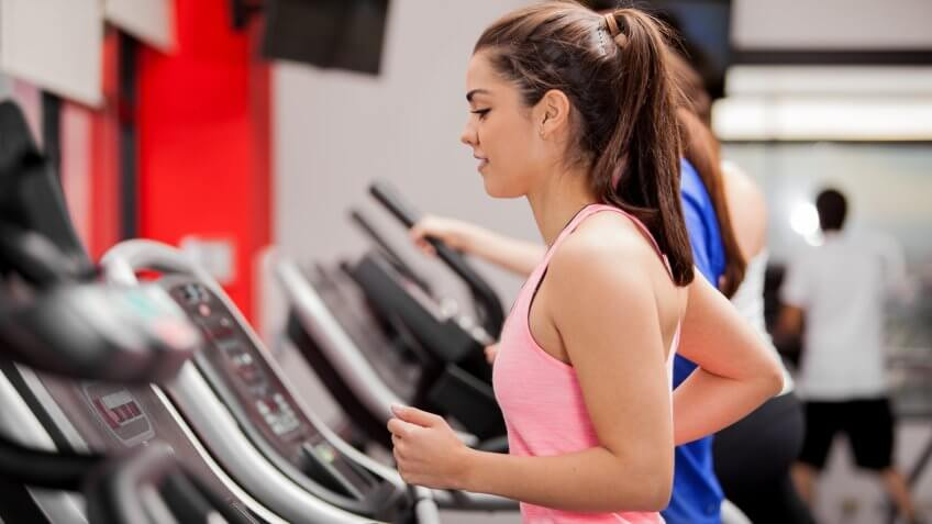 woman-running-tredmill