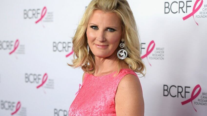 NEW YORK, NY - MAY 12:  Chef Sandra Lee attends The Breast Cancer Research Foundation's 2017 Hot Pink Party at the Park Avenue Armory on May 12, 2017 in New York City.