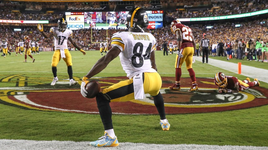 LANDOVER, MD - SEPTEMBER 12: Wide receiver Antonio Brown #84 of the Pittsburgh Steelers celebrates after scoring a third quarter touchdown against the Washington Redskins at FedExField on September 12, 2016 in Landover, Maryland.