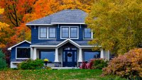 HGTV Expert's Secrets to Getting the Best Price on a Home in the Fall