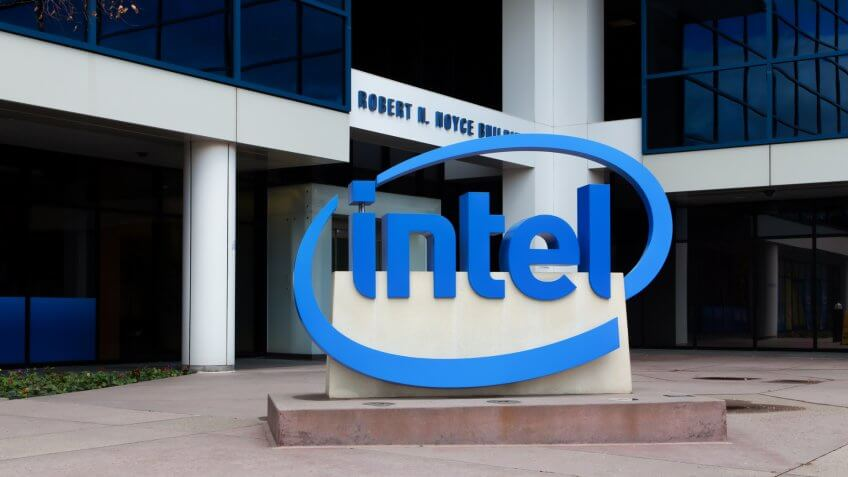 SANTA CLARA, CA/USA - MARCH 1, 2014: Intel Sign at Corporate Headquarters.