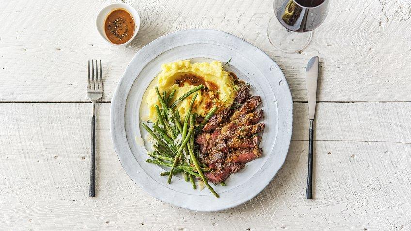 steak, potatoes and green beans