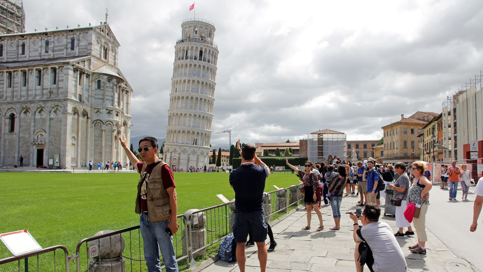14 Tourist Attractions That Aren't Worth the Cost