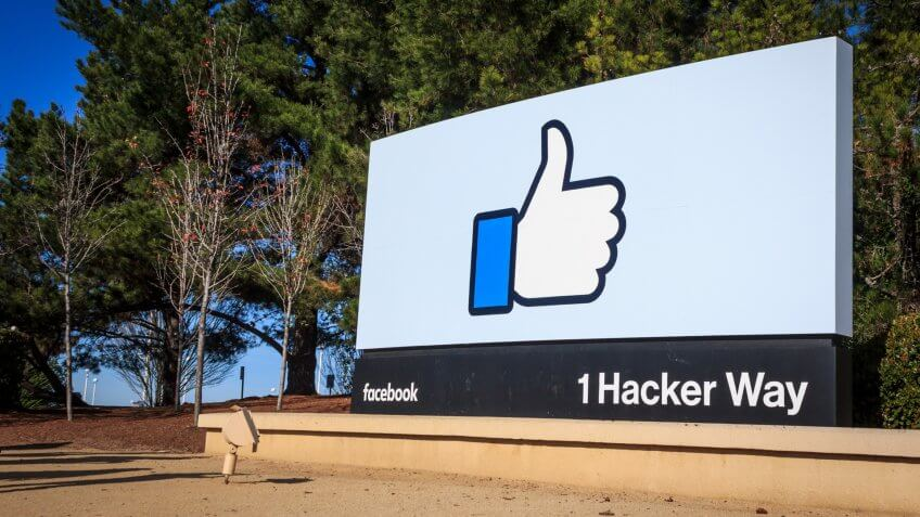 [2016-12-26] Facebook Headquarters, 1 Hacker Way, Menlo Park, California, USA.